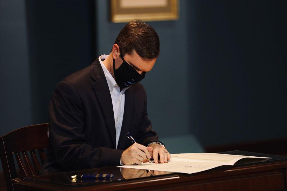 Kentucky governor signs proclamation recognizing Juneteenth