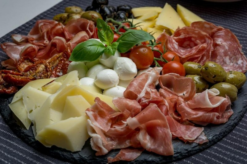 12 hospitalized in multi-state salmonella outbreak linked to Italian meats