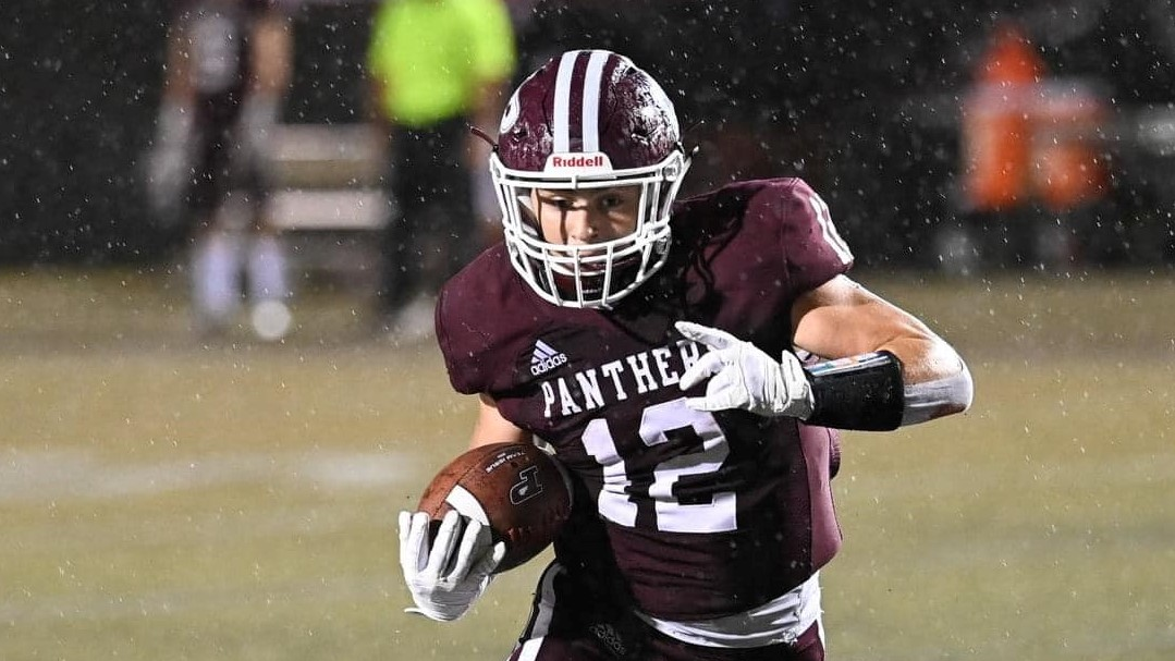 HIGH SCHOOL FOOTBALL: Panthers cruise to homecoming win