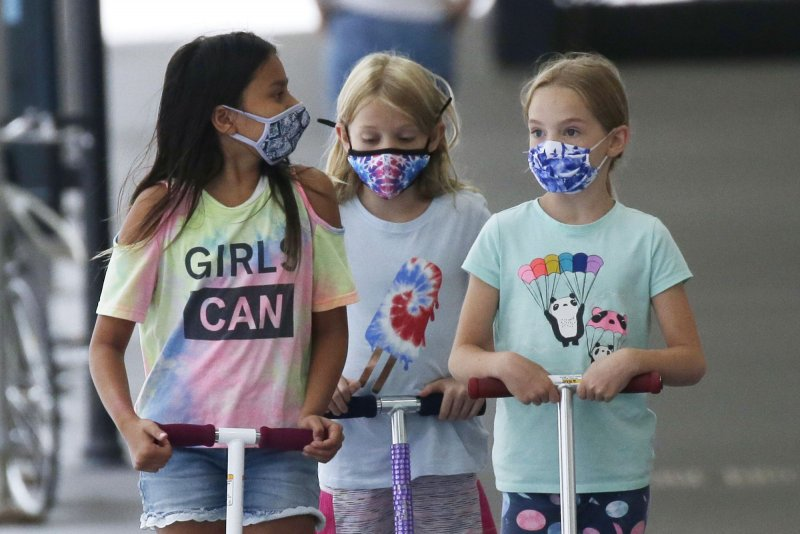 Florida's largest school district approves mask mandate for students