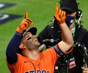 In Photos: Moments from Game 2 of 2021 World Series