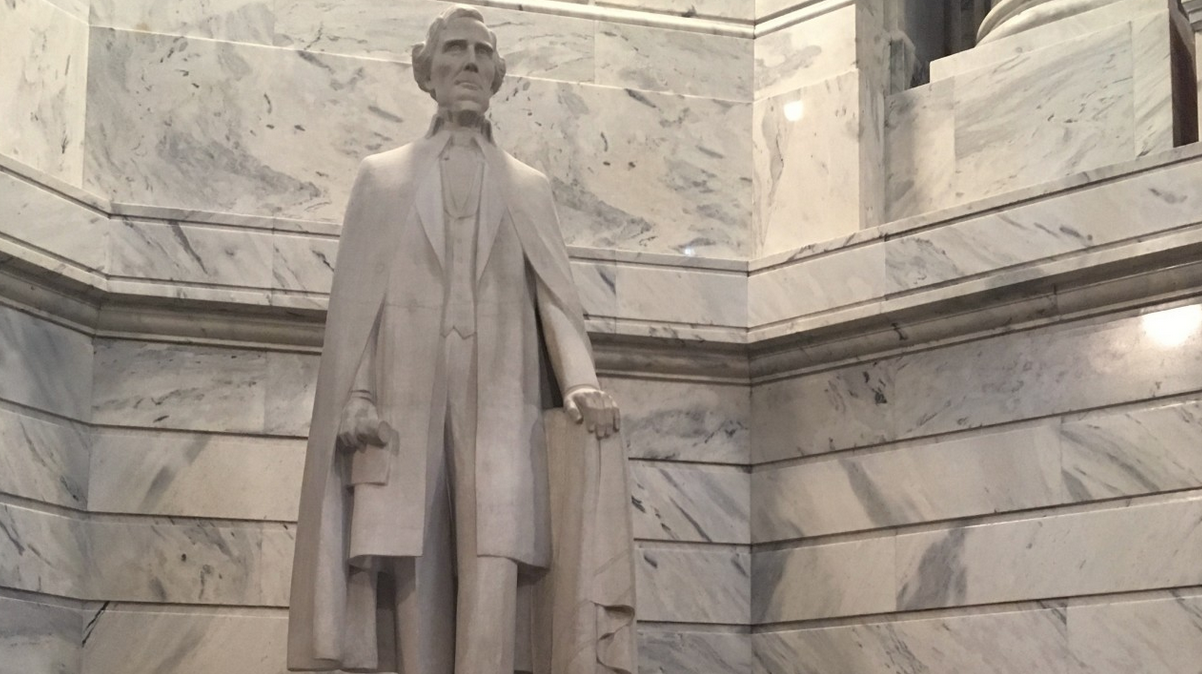 Jefferson Davis statue to be removed from state capitol