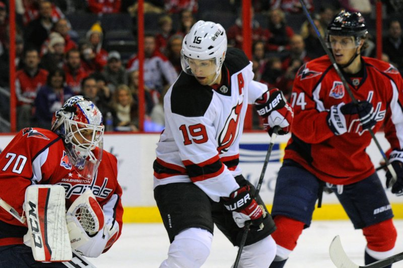 Travis Zajac signs 1-day contract, retires with New Jersey Devils