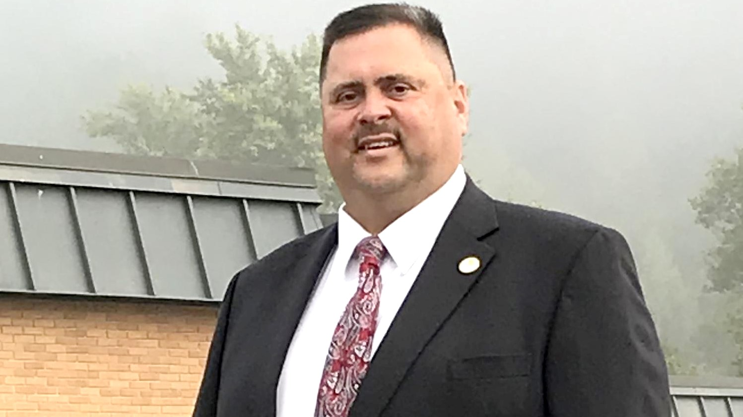 Adkins leaving Floyd County to become new Woodford County superintendent