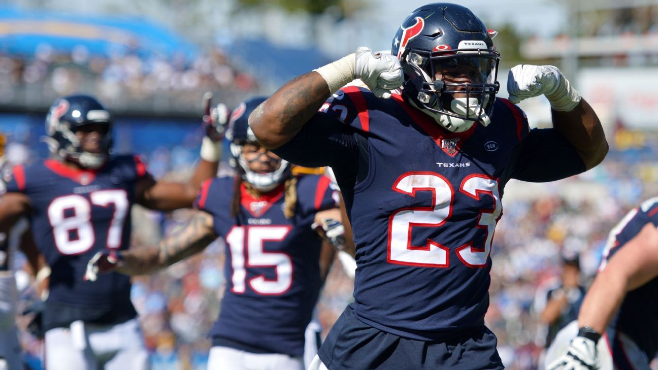 Source: RB Hyde agrees to deal with Seahawks