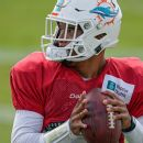 Dolphins cutting quarterback Rosen, sources say