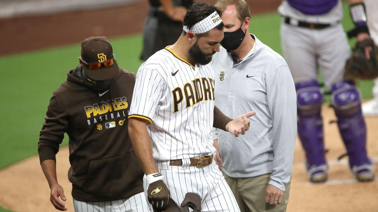 Padres' Hosmer fractures finger on bunt attempt