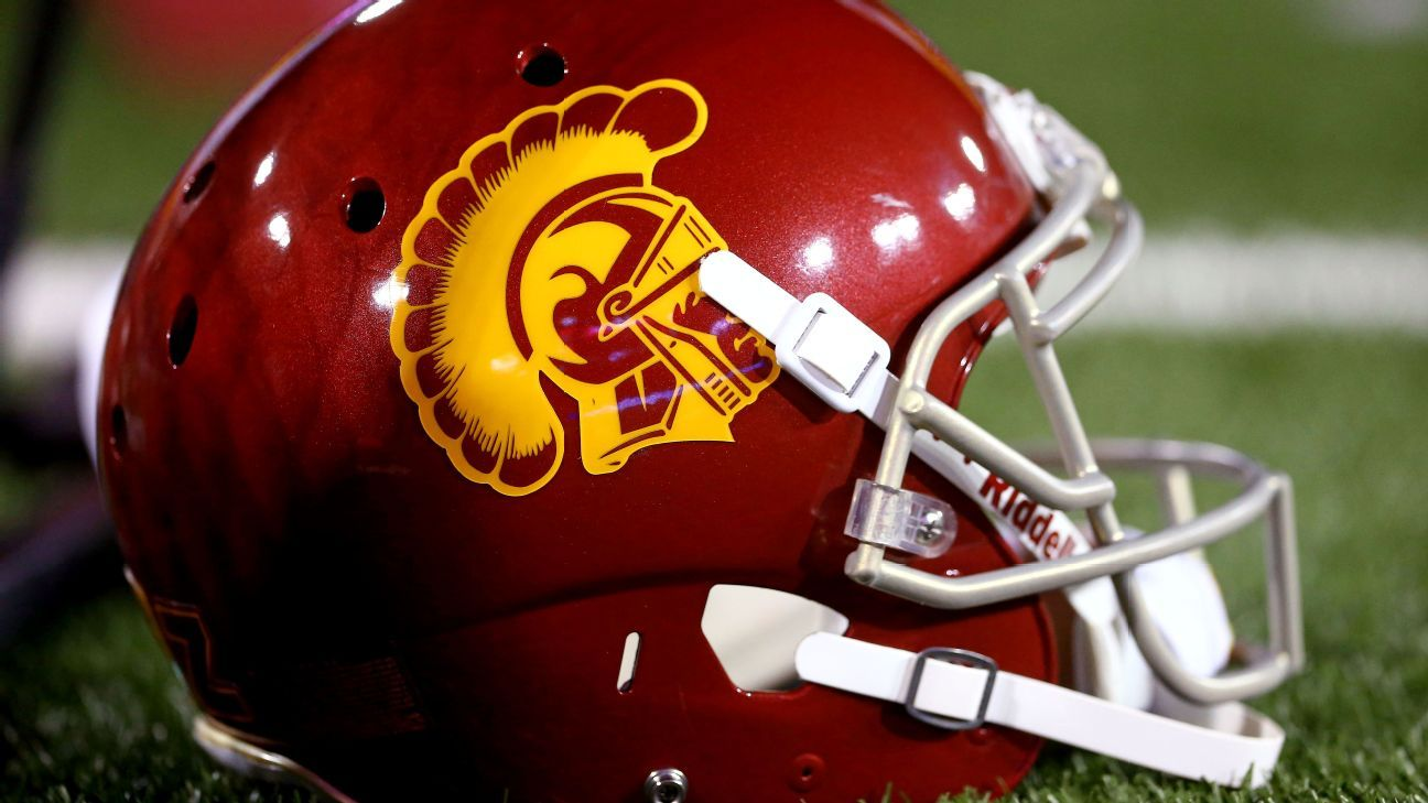 Trojans ask California Gov. to 'please let us play'