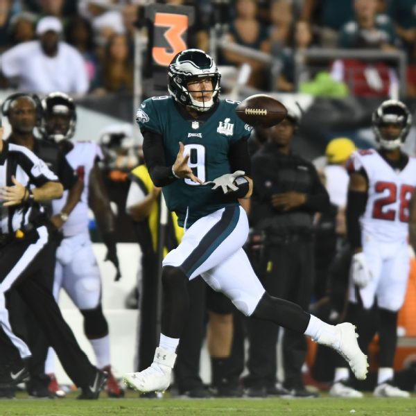 Nick Foles or Eli Manning to caddy? Peyton Manning was ready with trash talk for Tom Brady ahead of 'The Match'
