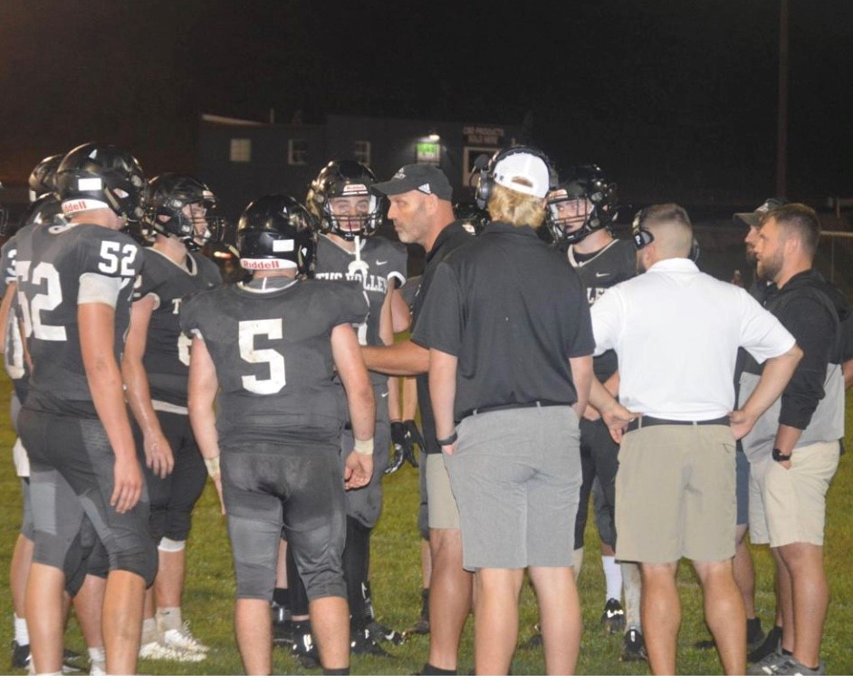 HIGH SCHOOL FOOTBALL: Panthers bottled up in road loss at Mount View