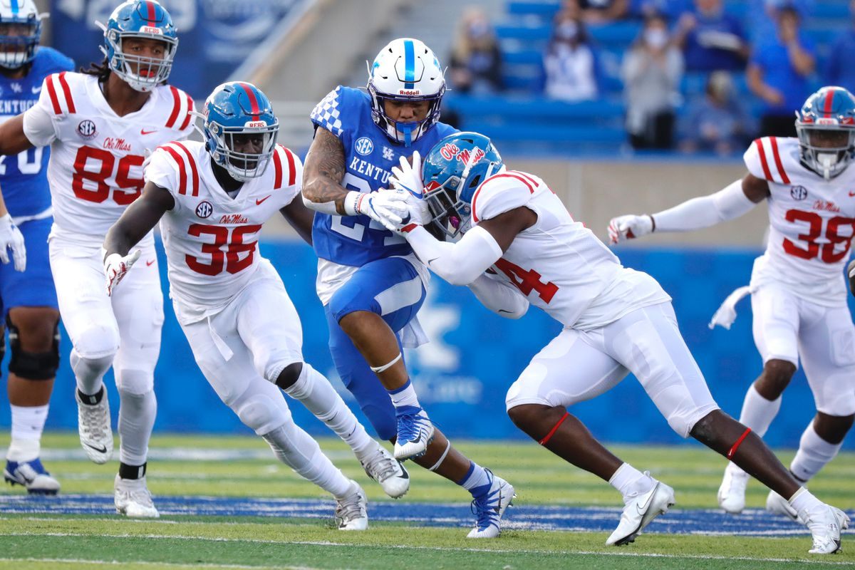 COLLEGE FOOTBALL: Missed PAT costly in Cats OT loss